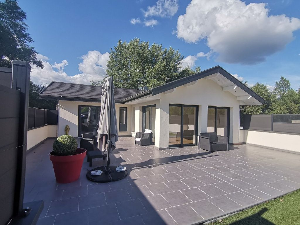 Maison à vendre 3 70m2 à Alby-sur-Chéran vignette-1