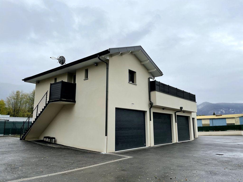 Maison à vendre 3 70m2 à Alby-sur-Chéran vignette-2