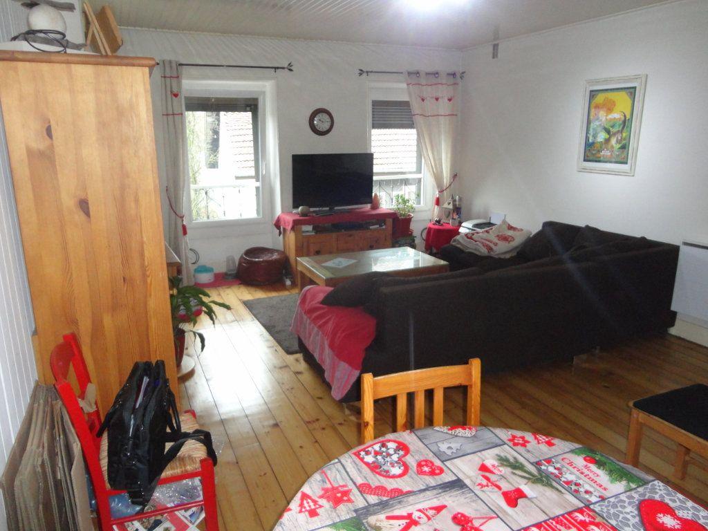 Appartement à vendre 4 102.66m2 à Rumilly vignette-2