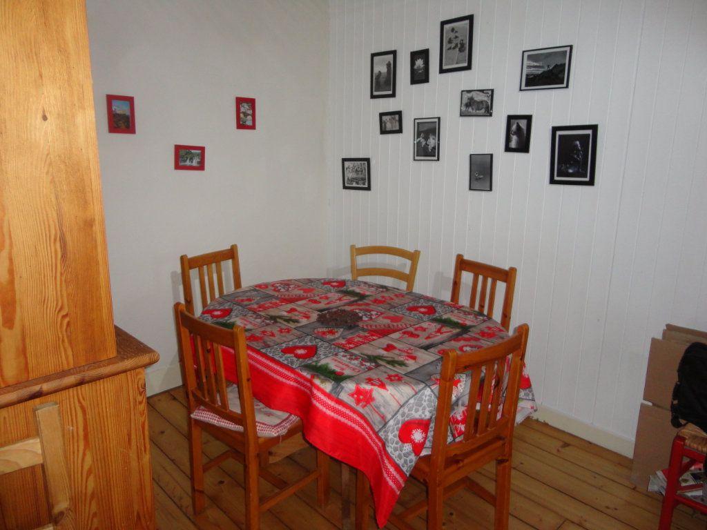 Appartement à vendre 4 102.66m2 à Rumilly vignette-3