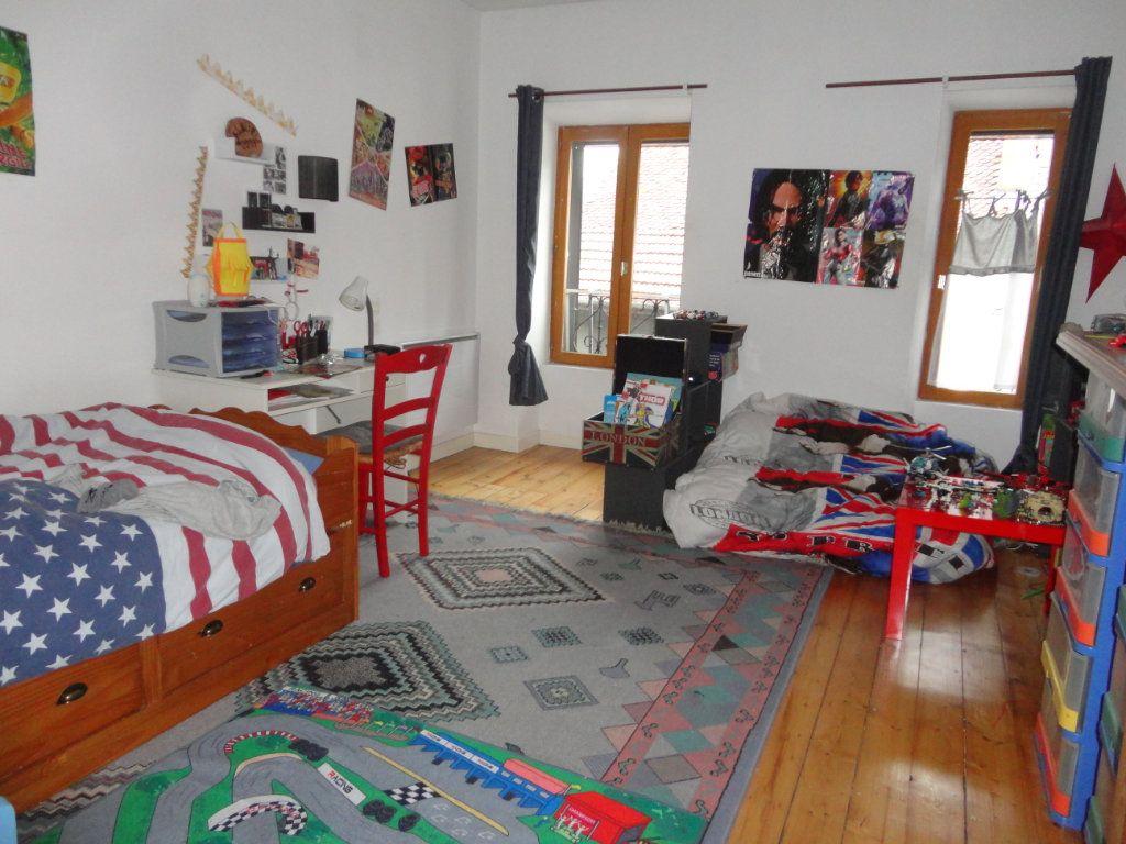 Appartement à vendre 4 102.66m2 à Rumilly vignette-5