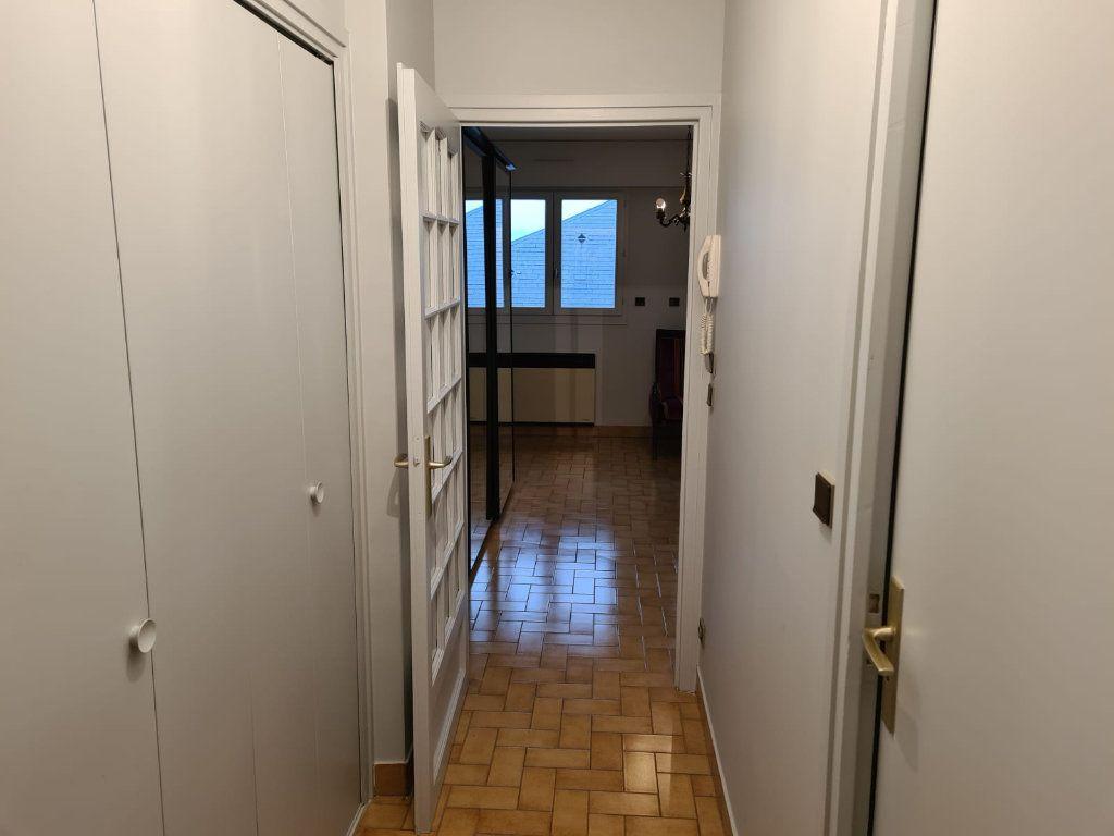 Appartement à vendre 1 25.9m2 à Rumilly vignette-4