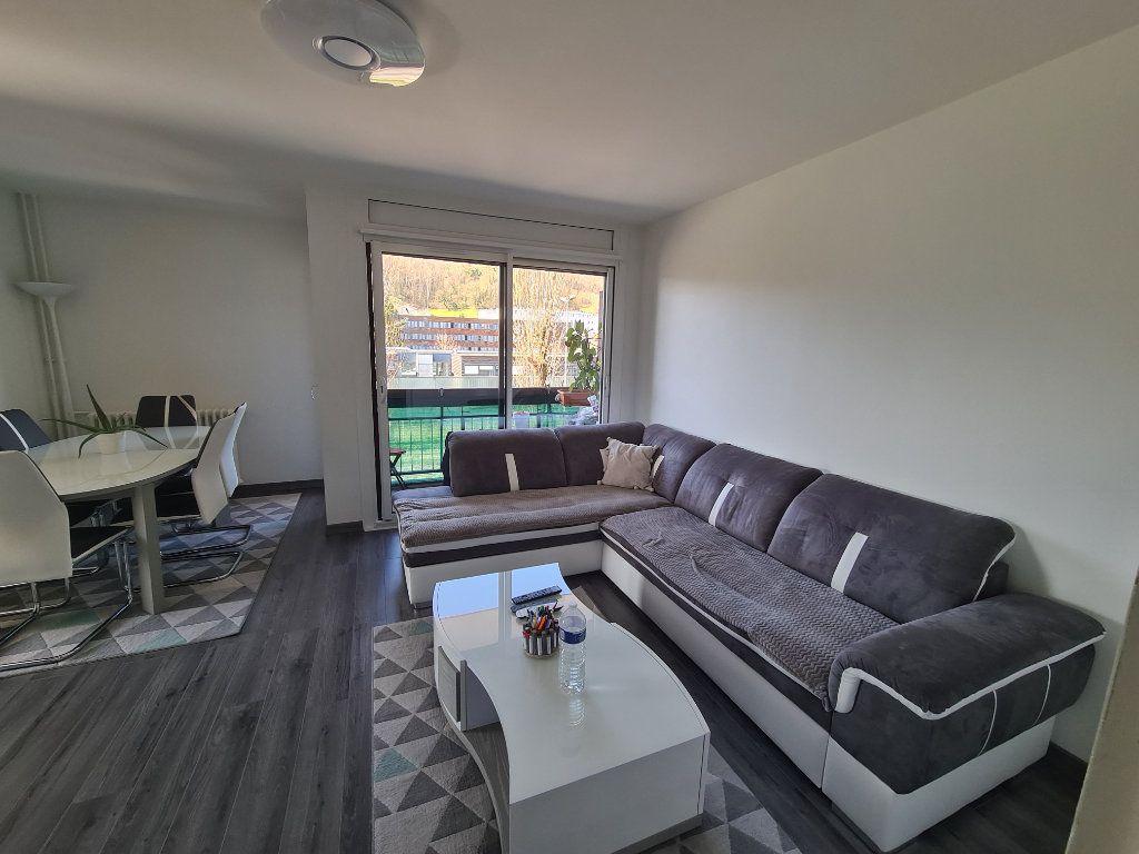 Appartement à vendre 4 74m2 à Rumilly vignette-1