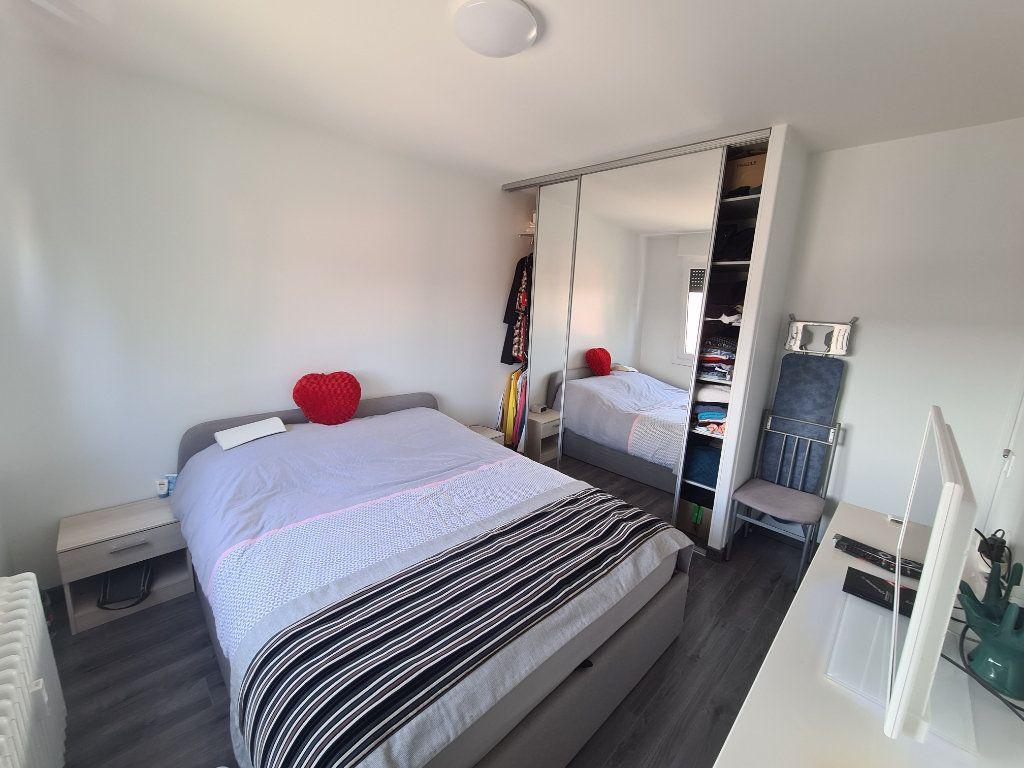 Appartement à vendre 4 74m2 à Rumilly vignette-11