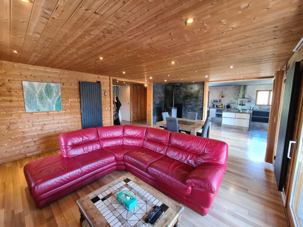 Maison à vendre 6 214.84m2 à Hauteville-sur-Fier vignette-2