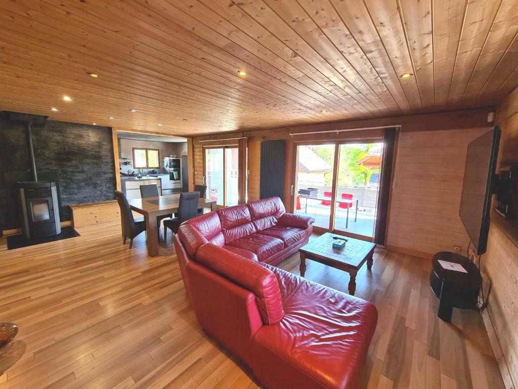 Maison à vendre 6 214.84m2 à Hauteville-sur-Fier vignette-3