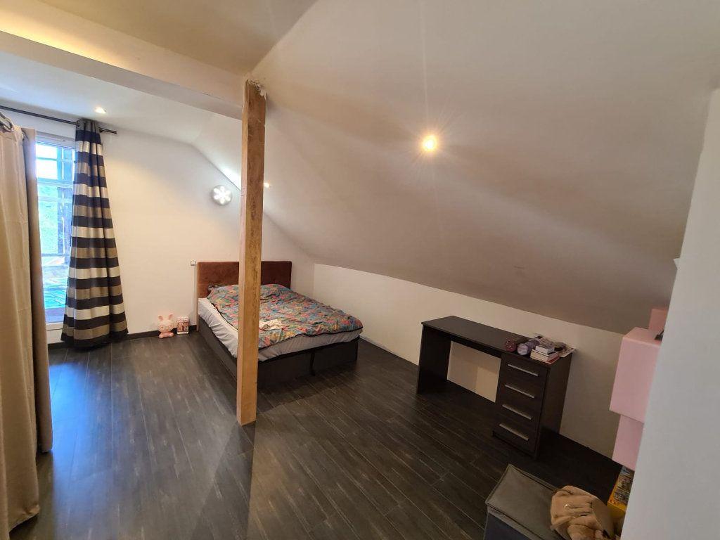 Maison à vendre 6 214.84m2 à Hauteville-sur-Fier vignette-7
