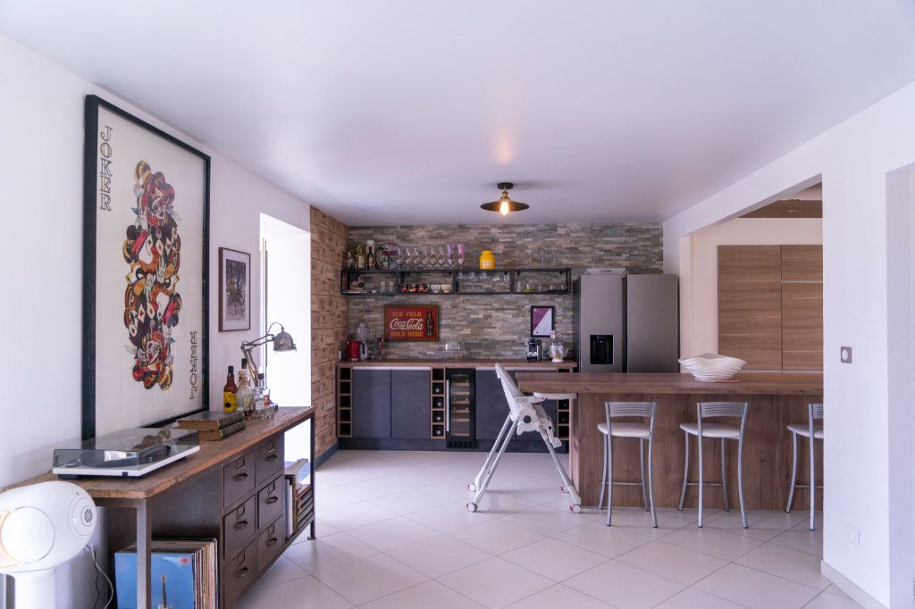 Maison à vendre 7 183m2 à Ecquevilly vignette-2