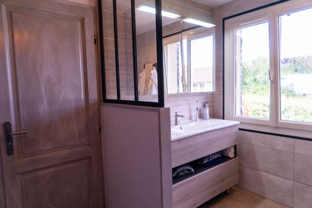 Maison à vendre 7 183m2 à Ecquevilly vignette-6