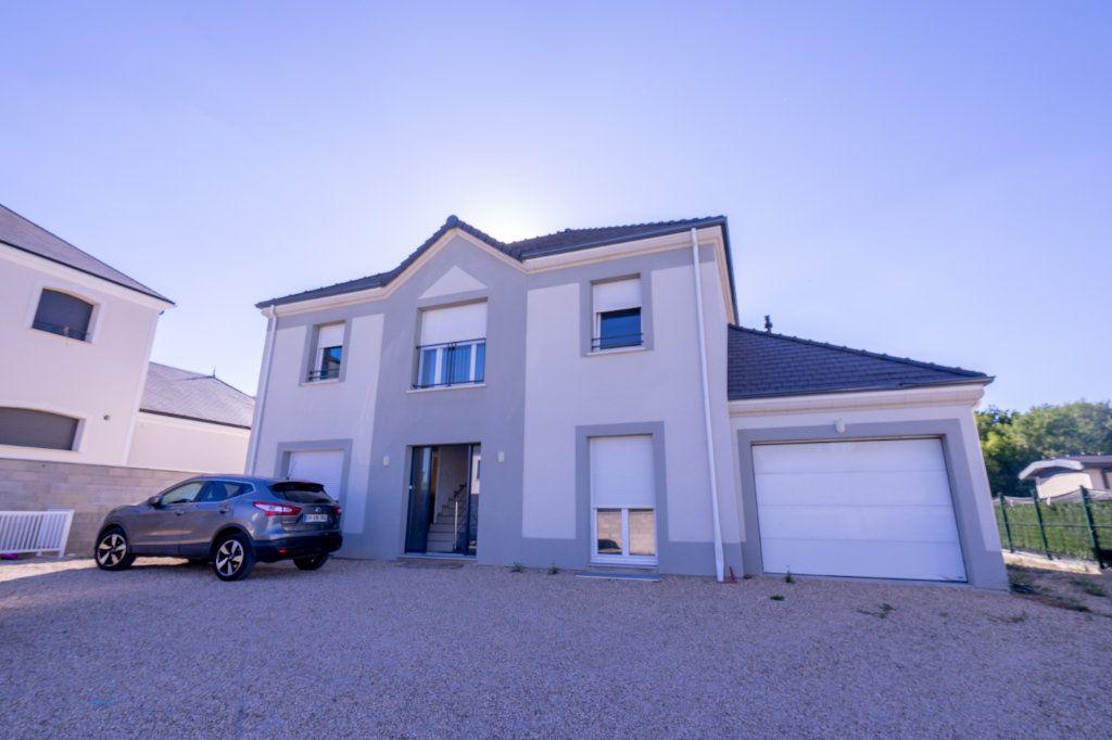 Maison à vendre 8 180m2 à Médan vignette-1