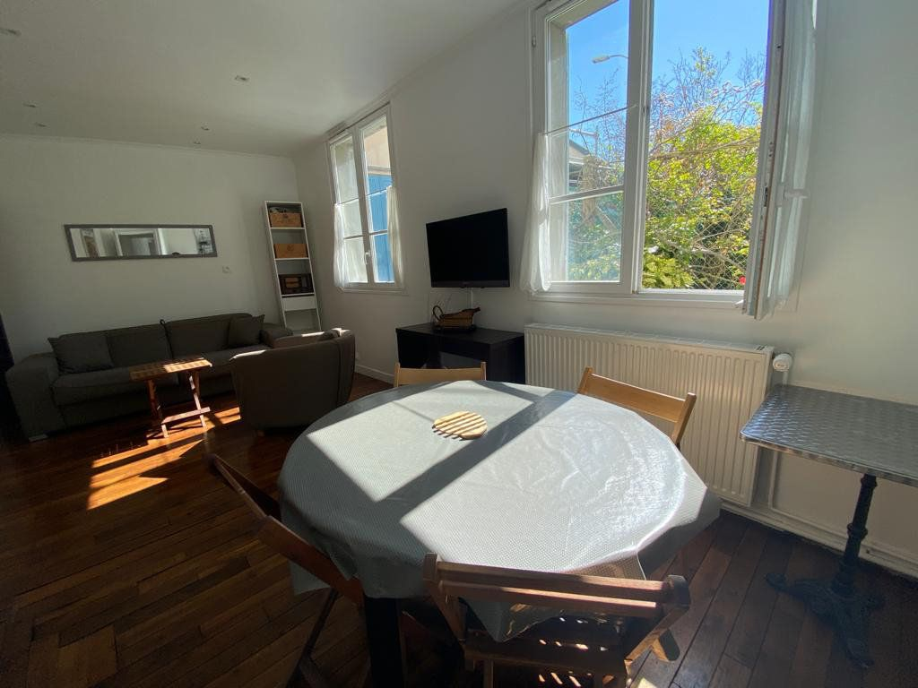 Appartement à vendre 3 60.96m2 à Saint-Germain-en-Laye vignette-2