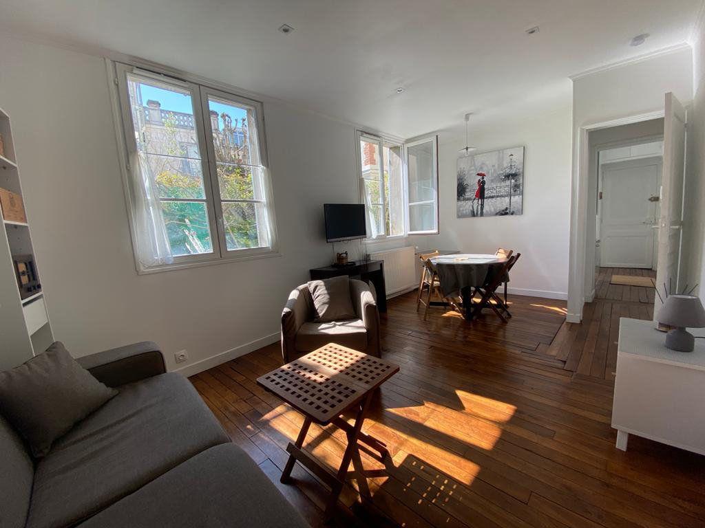 Appartement à vendre 3 60.96m2 à Saint-Germain-en-Laye vignette-5