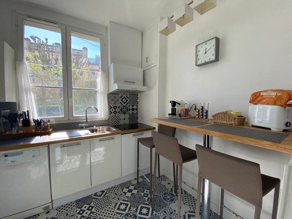 Appartement à vendre 3 60.96m2 à Saint-Germain-en-Laye vignette-7
