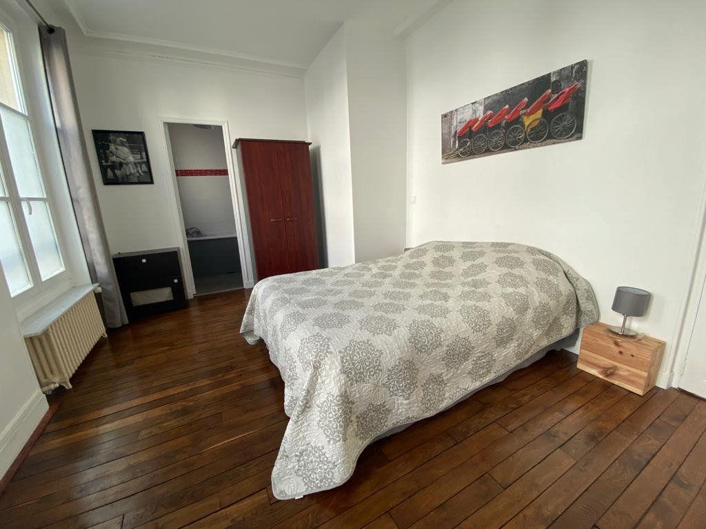 Appartement à vendre 3 60.96m2 à Saint-Germain-en-Laye vignette-10