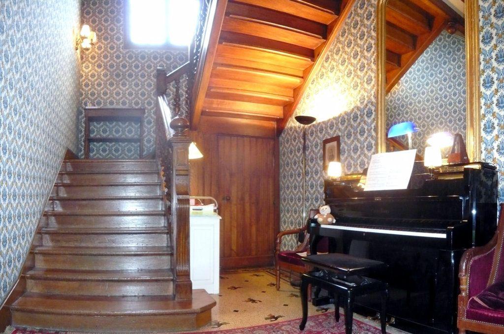 Maison à vendre 9 295m2 à Poissy vignette-5