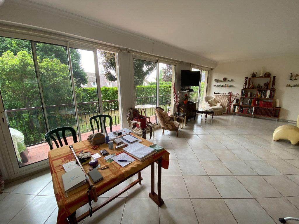 Appartement à vendre 6 116m2 à Chambourcy vignette-2