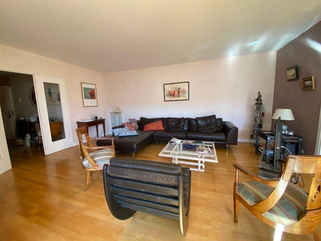 Appartement à vendre 5 123m2 à Chatou vignette-2