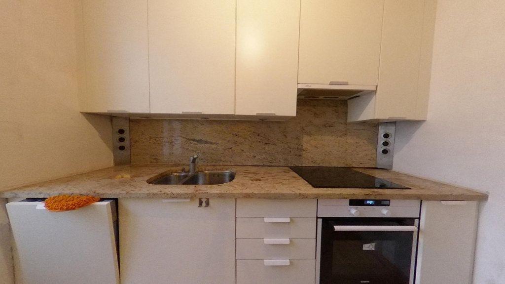 Appartement à vendre 3 50.63m2 à Saint-Germain-en-Laye vignette-3