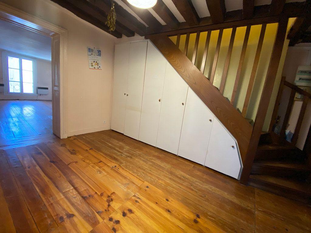 Appartement à vendre 4 66.95m2 à Saint-Germain-en-Laye vignette-2