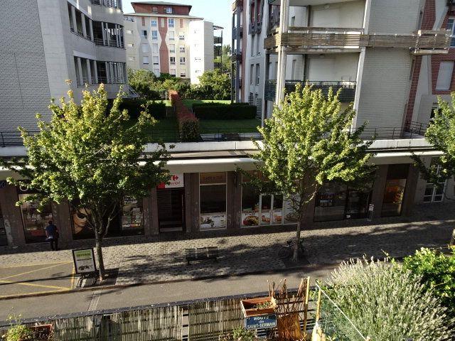 Appartement à vendre 1 25m2 à Saint-Germain-en-Laye vignette-1