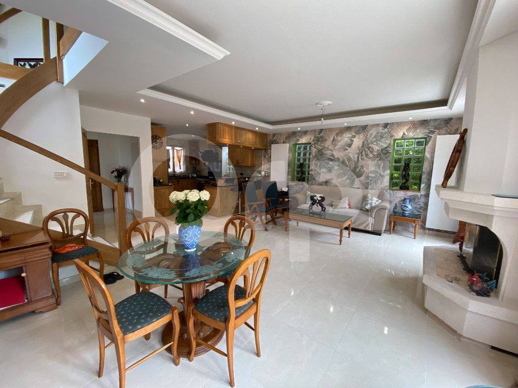 Maison à vendre 4 110m2 à Vernouillet vignette-1