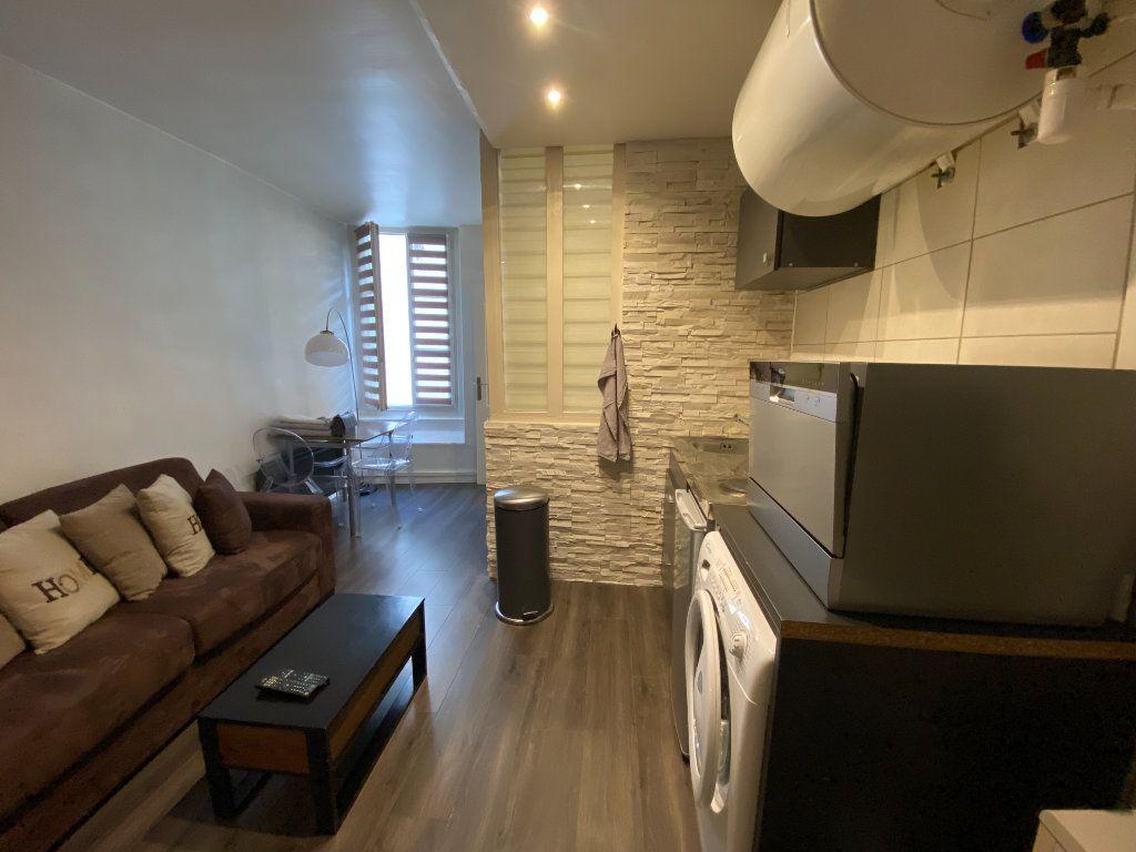 Appartement à louer 2 36m2 à Saint-Germain-en-Laye vignette-1