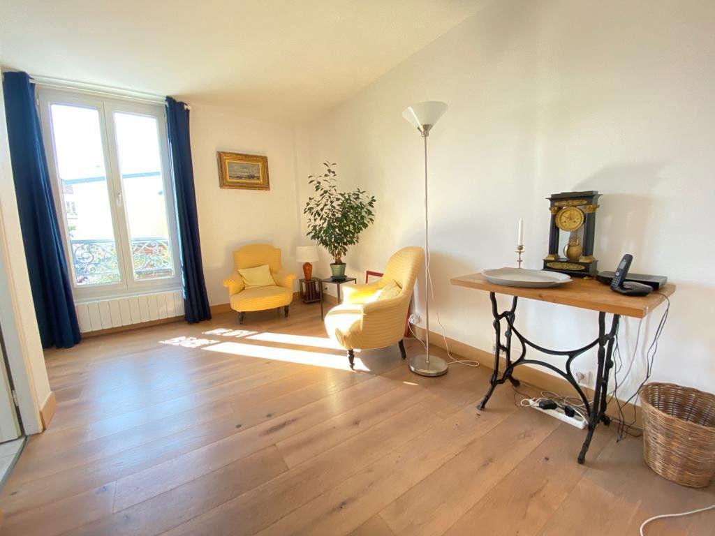 Appartement à vendre 5 100m2 à Saint-Germain-en-Laye vignette-4