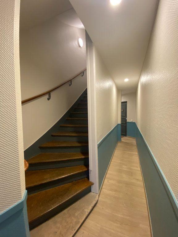 Appartement à vendre 5 100m2 à Saint-Germain-en-Laye vignette-10