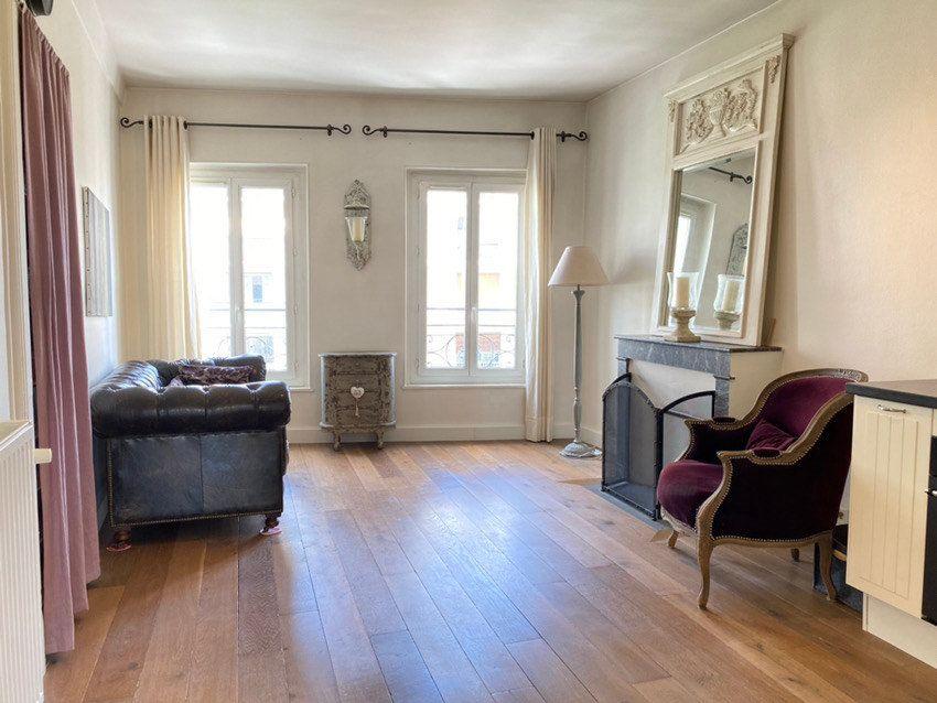 Appartement à vendre 3 61.03m2 à Saint-Germain-en-Laye vignette-1