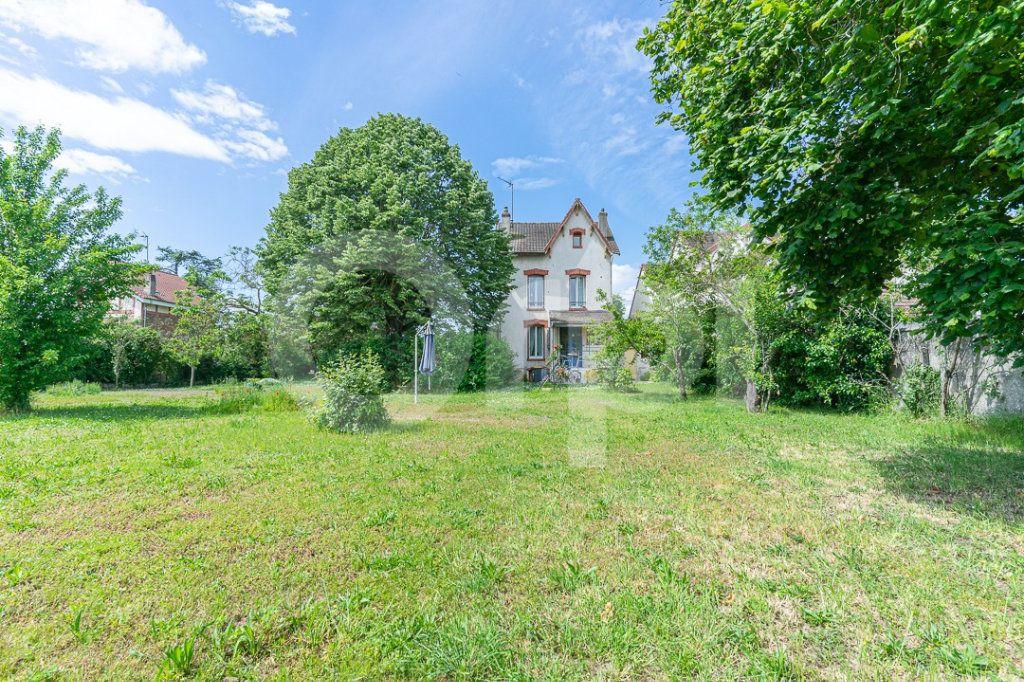 Maison à vendre 4 110m2 à Vernouillet vignette-2