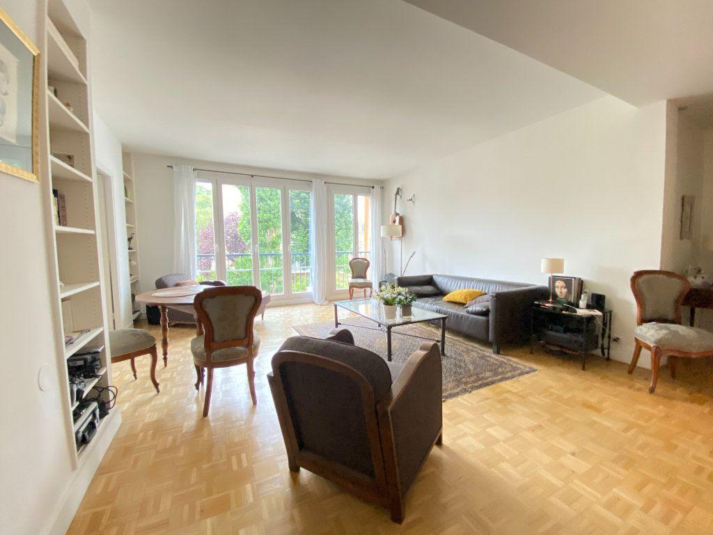 Appartement à vendre 4 89.12m2 à Saint-Germain-en-Laye vignette-1