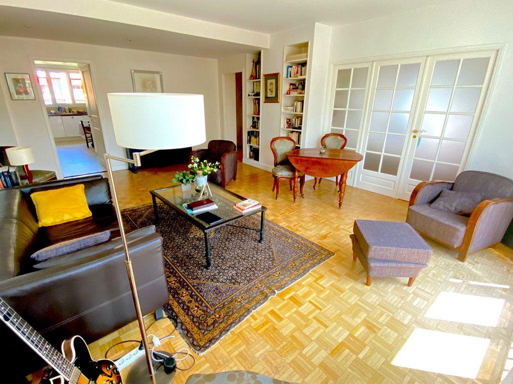 Appartement à vendre 4 89.12m2 à Saint-Germain-en-Laye vignette-2