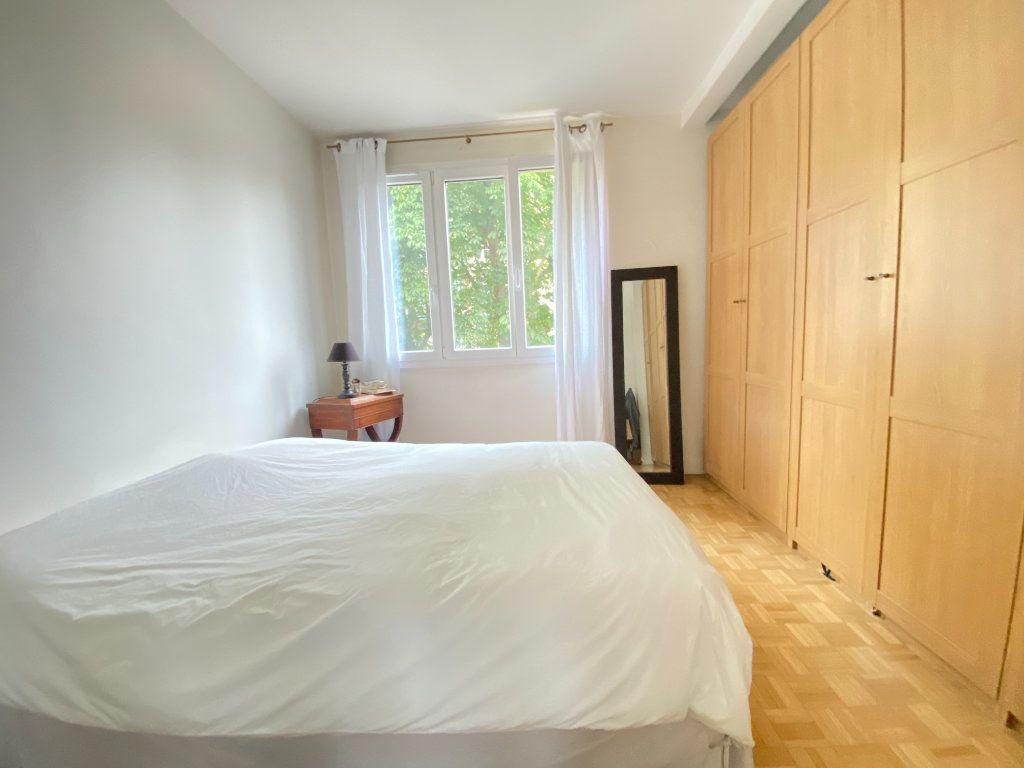 Appartement à vendre 4 89.12m2 à Saint-Germain-en-Laye vignette-5