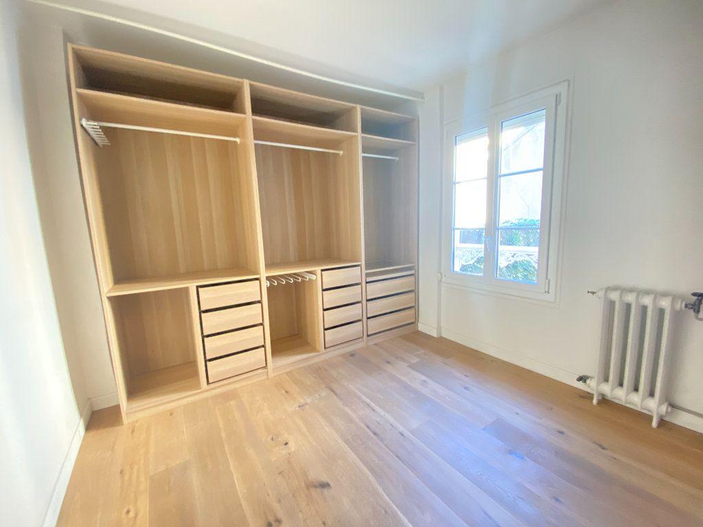 Appartement à louer 2 37.31m2 à Saint-Germain-en-Laye vignette-3