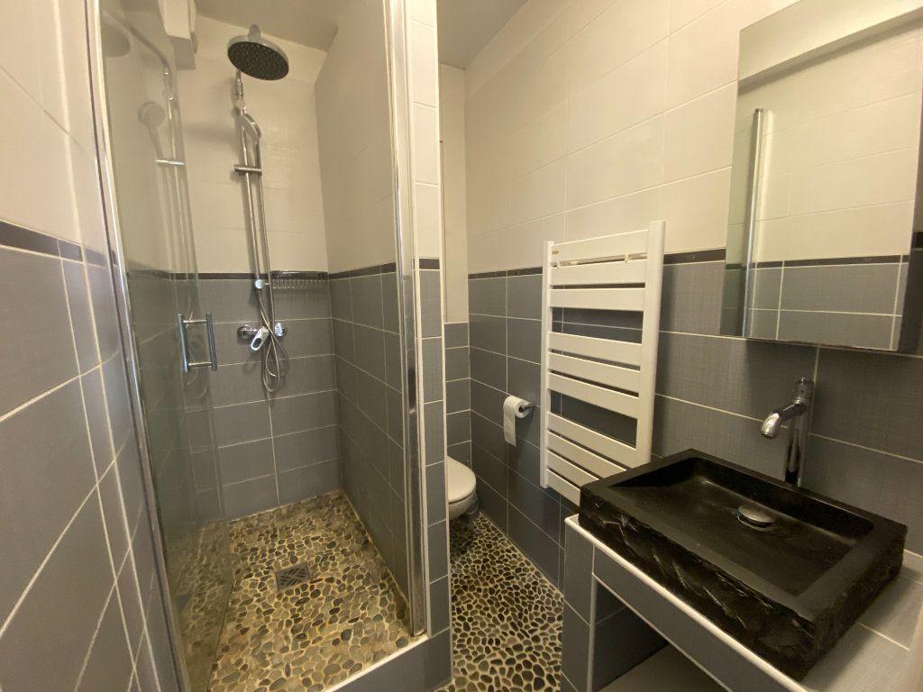 Appartement à louer 2 37.31m2 à Saint-Germain-en-Laye vignette-4