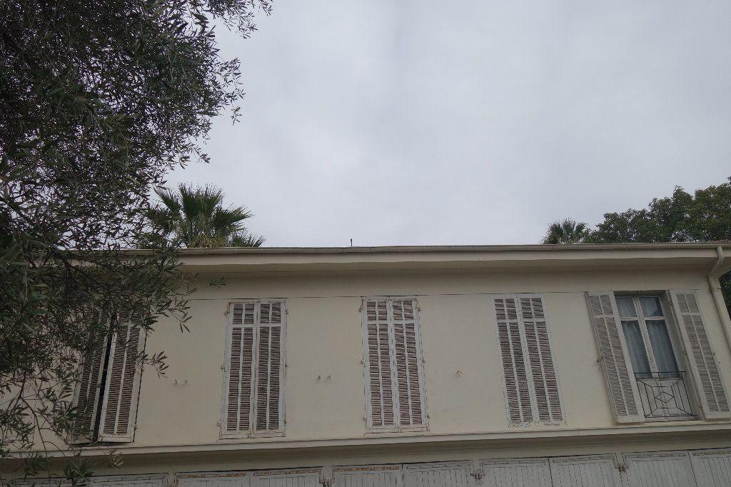 Appartement à vendre 4 100.47m2 à Cannes vignette-2