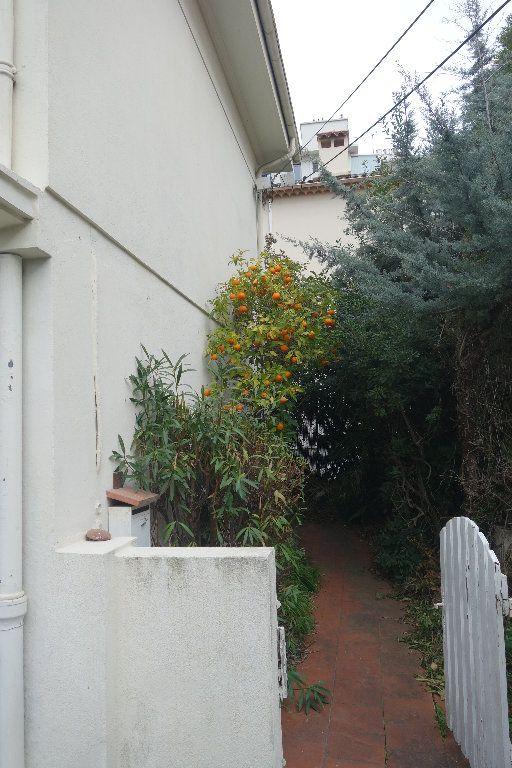 Appartement à vendre 4 100.47m2 à Cannes vignette-3