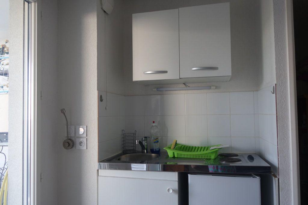 Appartement à louer 1 21.42m2 à Cannes vignette-4
