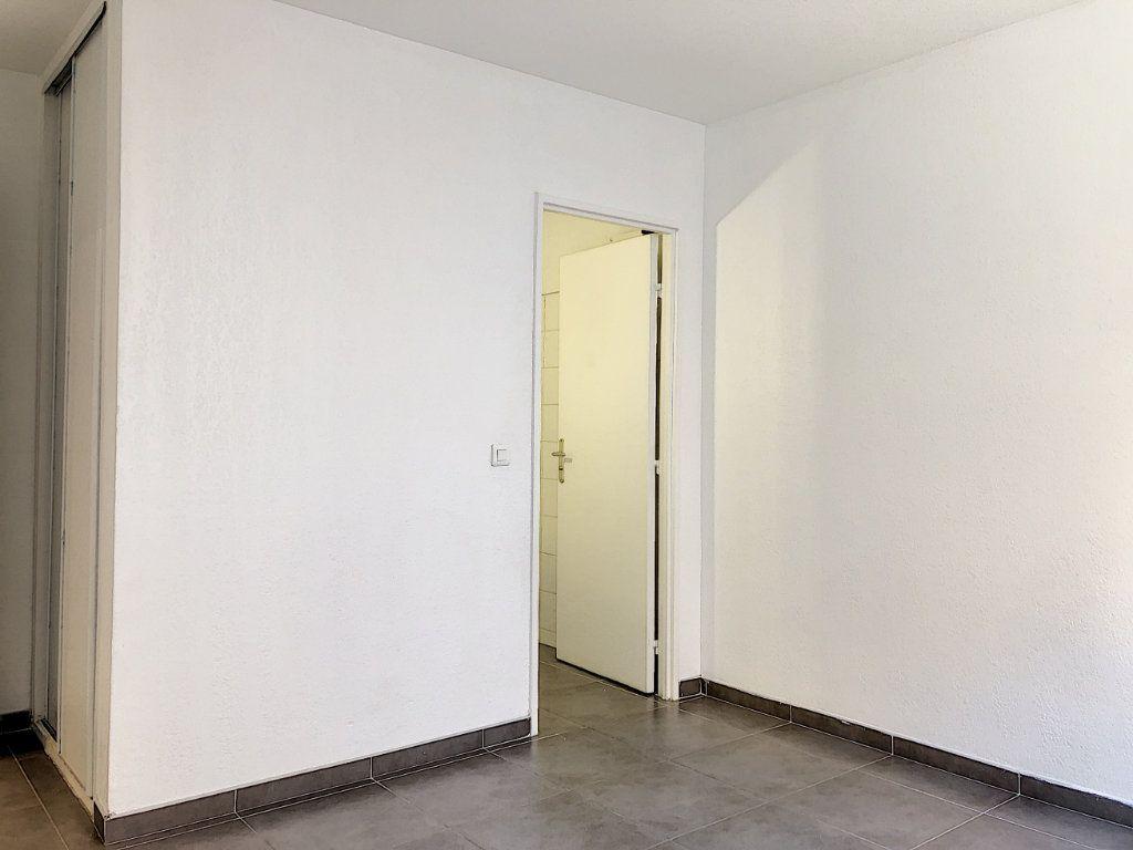 Appartement à louer 2 43.31m2 à Vallauris vignette-5