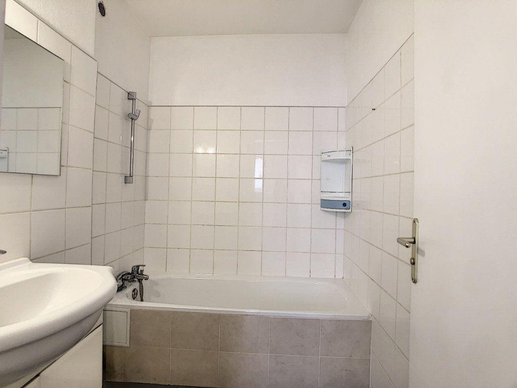 Appartement à louer 2 43.31m2 à Vallauris vignette-6