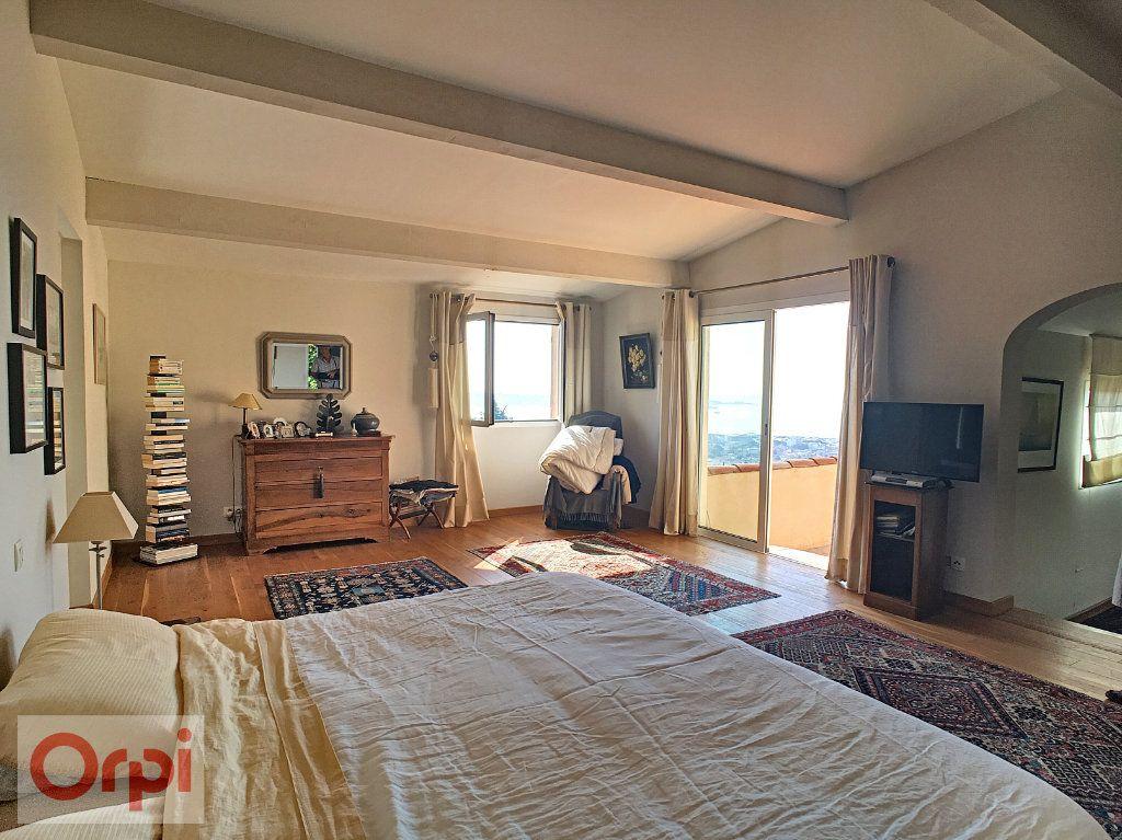 Maison à vendre 7 220m2 à Golfe Juan - Vallauris vignette-3