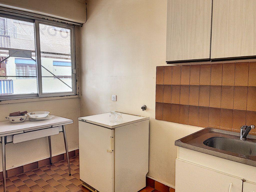 Appartement à vendre 1 31.62m2 à Golfe Juan - Vallauris vignette-3