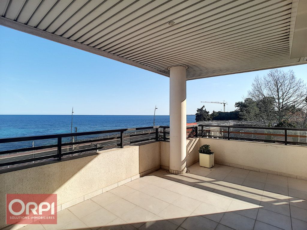 Appartement à vendre 3 60.34m2 à Golfe Juan - Vallauris vignette-1
