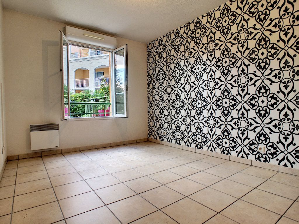Appartement à vendre 3 69.63m2 à Vallauris vignette-4