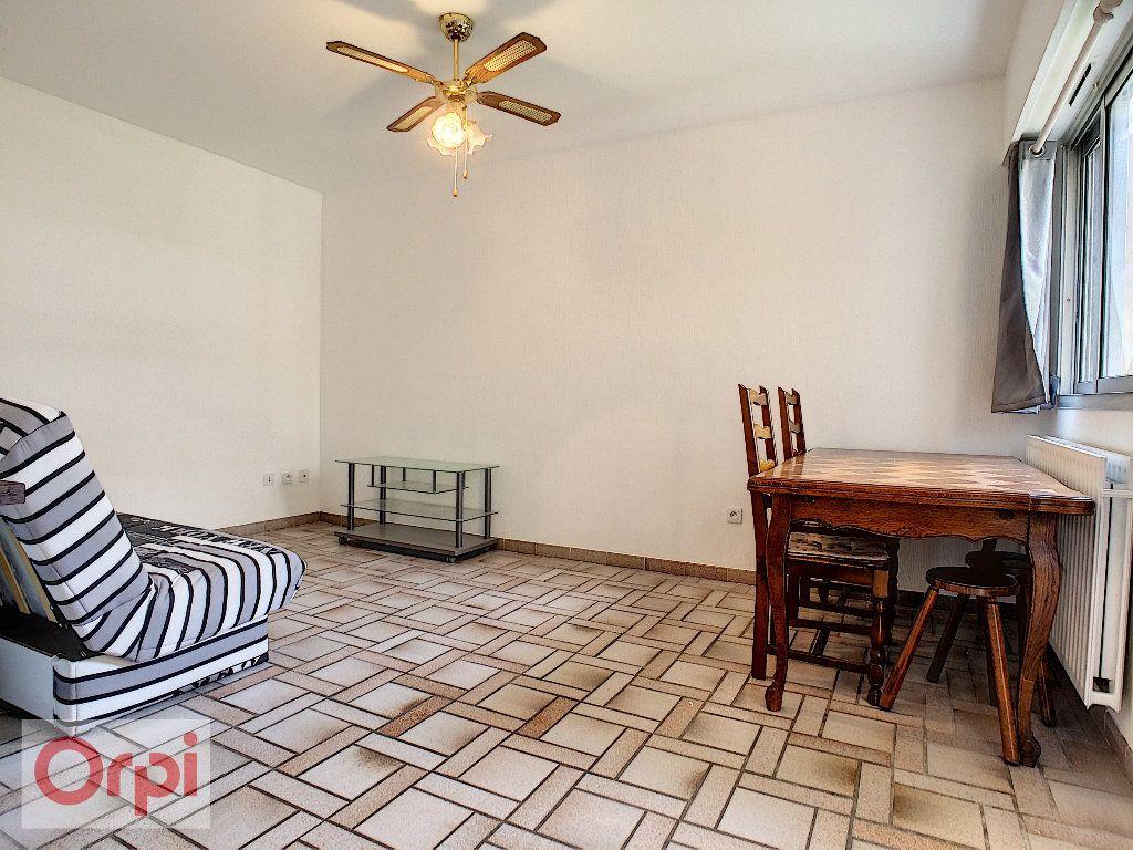 Appartement à louer 1 36.93m2 à Vallauris vignette-3