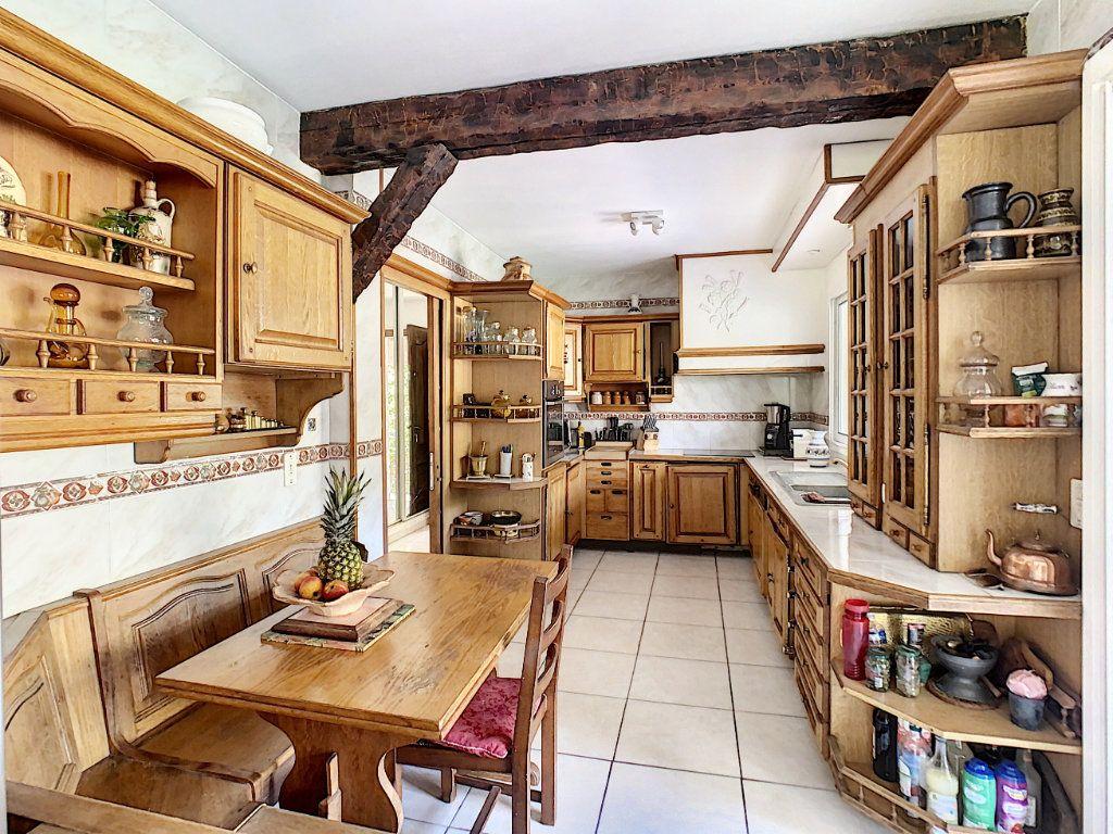 Maison à vendre 8 226m2 à Vallauris vignette-4