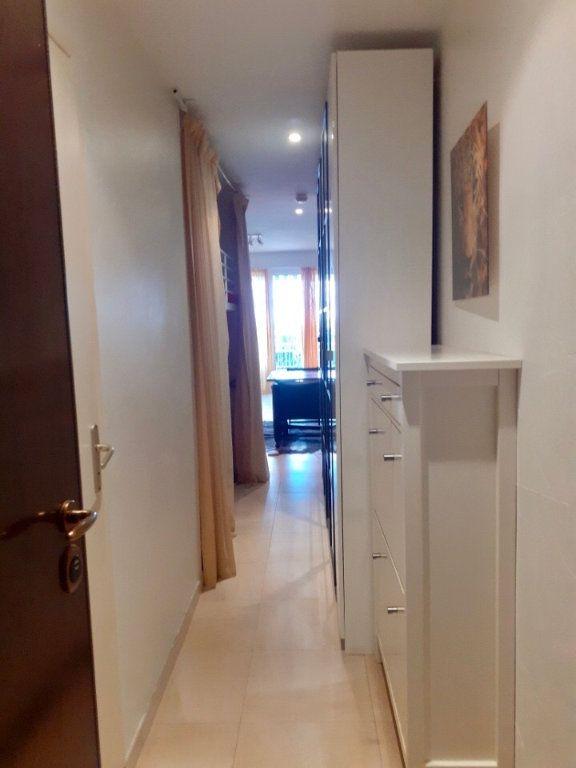 Appartement à vendre 1 33m2 à Golfe Juan - Vallauris vignette-5