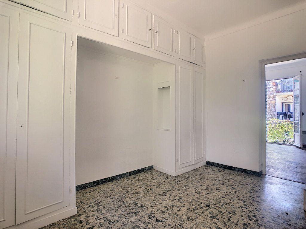 Appartement à louer 2 33.75m2 à Nice vignette-4