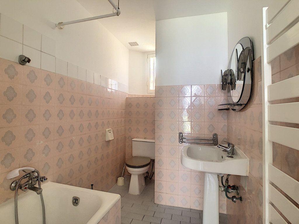 Appartement à louer 2 33.75m2 à Nice vignette-7