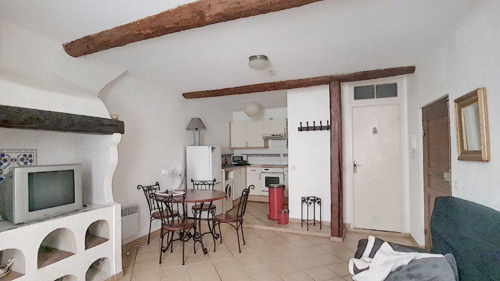 Appartement à louer 1 29.98m2 à Antibes vignette-1